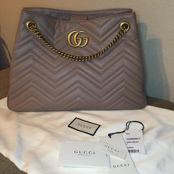 3c74d2c3dbb Gucci Handbags - Gucci GG Marmont Matelassé Med. Shoulder Bag
